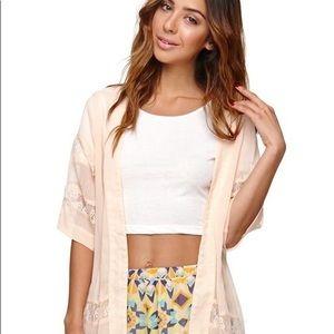 LA Hearts Beige Lace Kimono 🍂